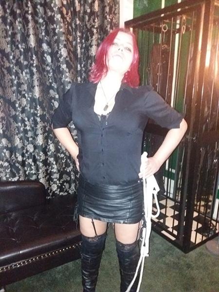 mistress-vixen-dungeon-cage-sensual