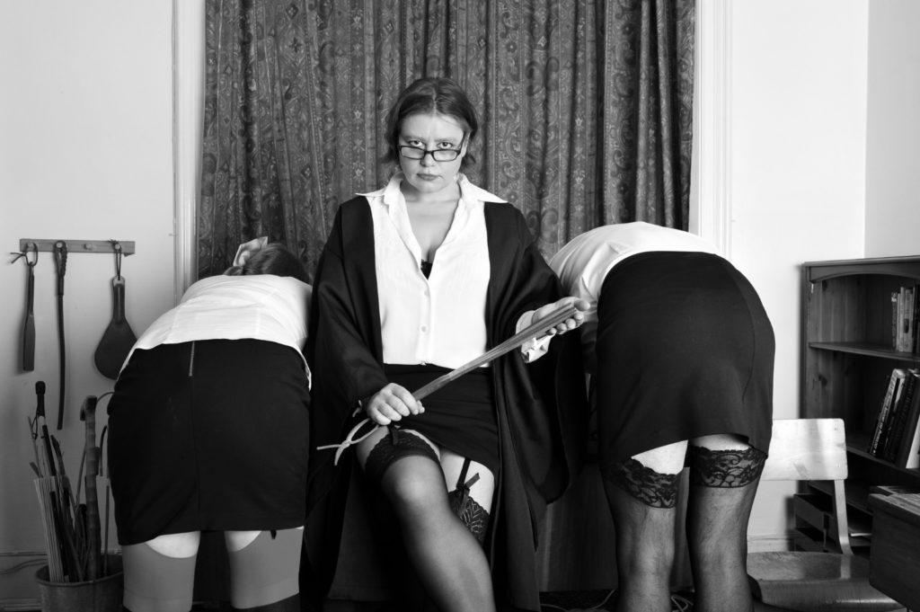 mistress-vixen-glasgow-dominatrix