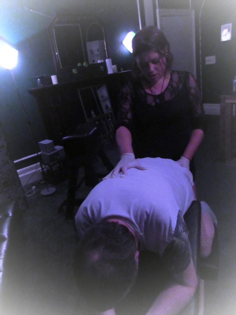 Mistress-Vixen-Glasgow-anal-stretching-pegging