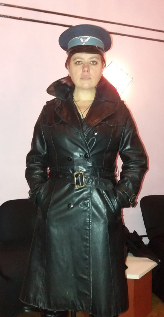 mistress-vixen-glasgow-blackmail-fetish-scotland-leather